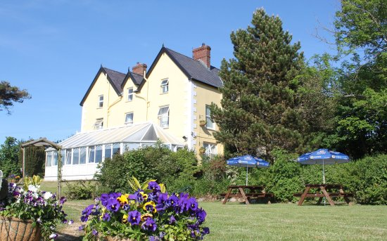 Bryn Eisteddfod Country House