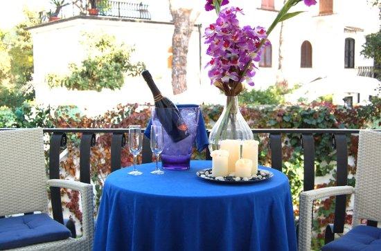 Hotel Meson Feliz: Balcone Camera