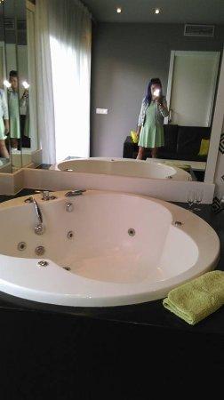 Jacuzzi Bath Picture Of Hotel Acacias Suites Spa Lloret De