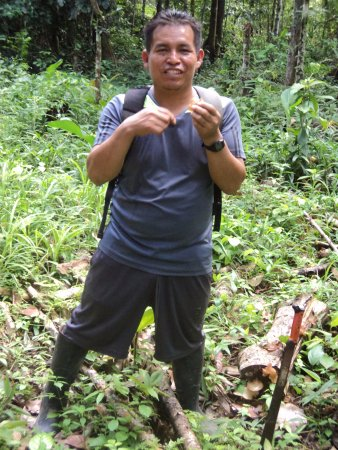 ronald our translator and guide picture of selva madre ayahuasca