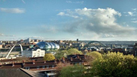 Staybridge Suites Newcastle: Millenium Bridge, The Sage Gateshead, Tyne Bridge