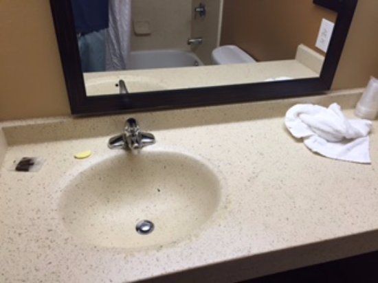Extended Stay America - Denver - Tech Center - North: Used soap and towel on the kitchen sink