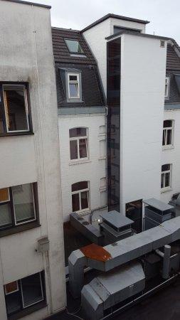 Hotel Cristall: *