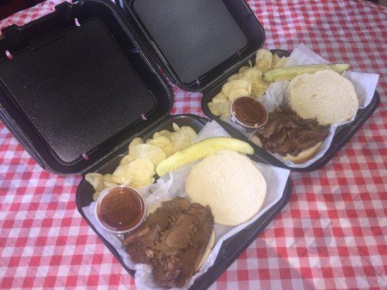Bay Minette, Алабама: Beef Brisket Sandwiches