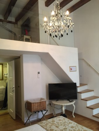 Apartments More: Wonderful, characterful apartment in a fantastic location