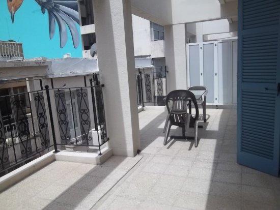 Balcony billede af centrum hotel nicosia tripadvisor for Balcony nicosia