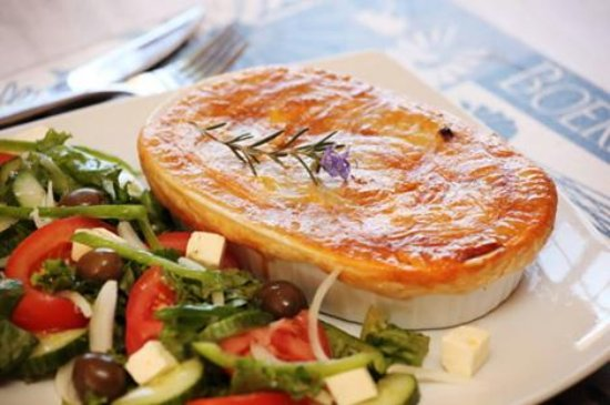 Pepper Steak Pie Picture Of Celtis Country Lodge Middelburg - Cuisine celtis