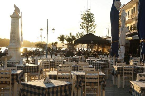 Taverna Rota: Watch a sunset at Rota