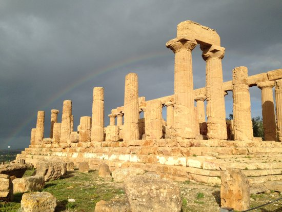 Sicily Travelnet Private Tours : Rainbow Behind Temple of Juno, Agrigento