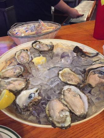Floyd's Cajun Seafood House: photo0.jpg