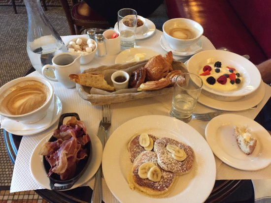 Full breakfast spread picture of balthazar london for Balthazar reservations