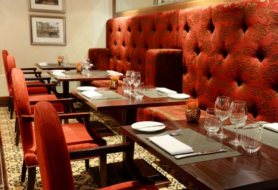 One Twenty One Two Restaurant: Private dining available