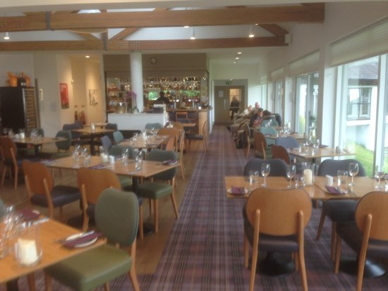 The Waterfront Restaurant: The view down the restaurant