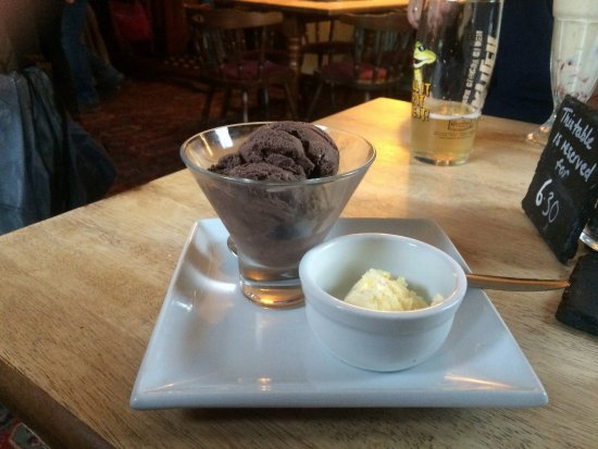 Luxulyan, UK: chocolate icecream