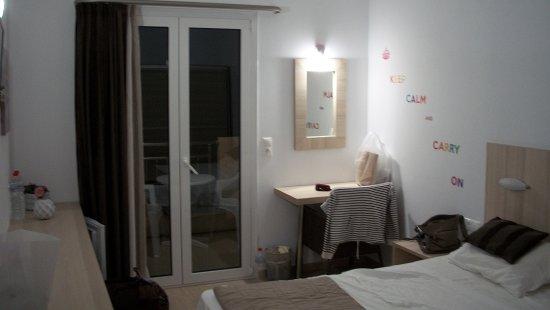 chambre familiale 326 : 1 lit 160 et en séparation 2 lits 90 - Photo ...