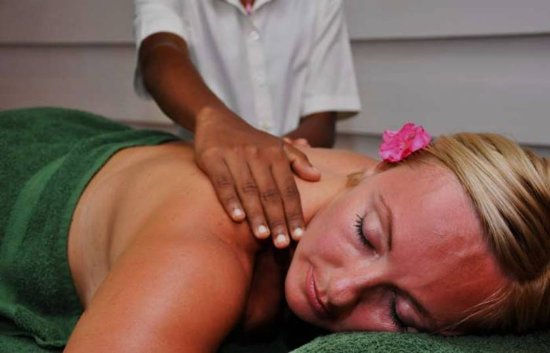 Ayurveda Lanka Spa: Traditional Massage