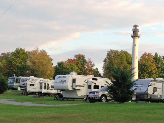 Summersville Lake Retreat : RV Sites with Lake and Lighthouse Views