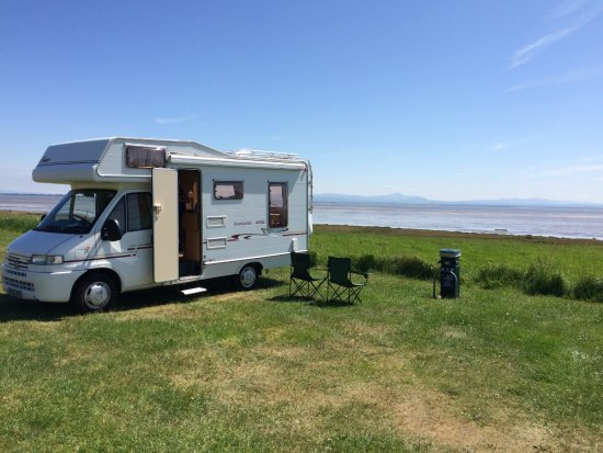 Powfoot, UK: Parked up overlooking the sea.