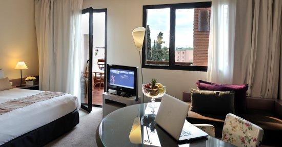 Chambre de luxe 2 - Picture of Novotel Marrakech Hivernage ...