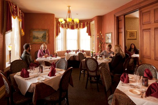 Sellersville, PA: Parlor Dining