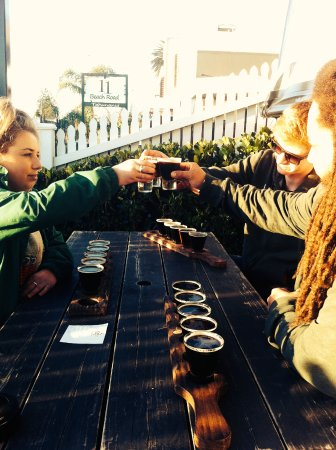 Sprig & Fern Tahuna: tasting trays with newton faulkner
