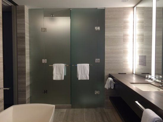 . Yorkville Suite   Beautiful  Modern Bathroom   Picture of Four