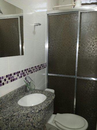 Quedas do Iguaçu, PR: Banheiro