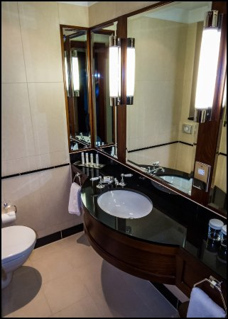 Woolsington, UK: A nice bathroom too