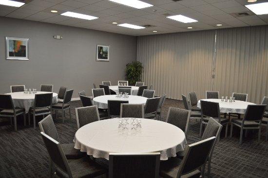 BEST WESTERN Cascadia Inn: Classroom Rounds