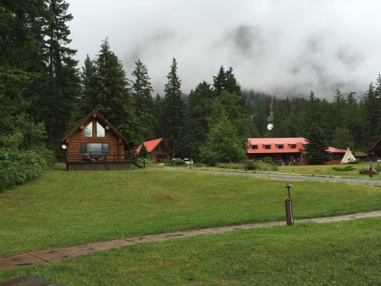 Tweedsmuir Park Lodge: photo0.jpg