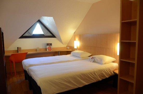 Ibis nevers hotel france voir les tarifs 167 avis et for Prix chambre hotel ibis