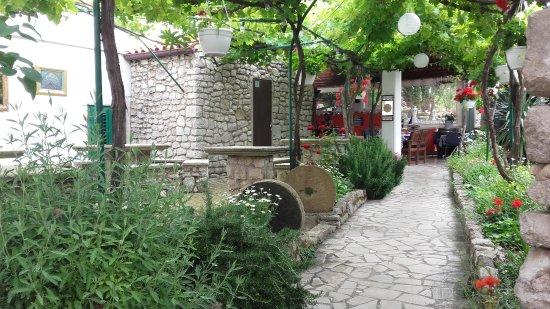 Osor, Croatia: trattoria