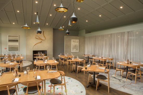 Cable Bay Vineyards Winery and Restaurant: Dining Room
