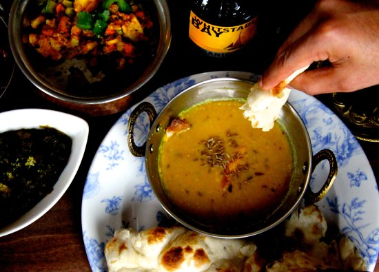 Cool Down With A Hot Curry And Cold Beer Picture Of Haweli