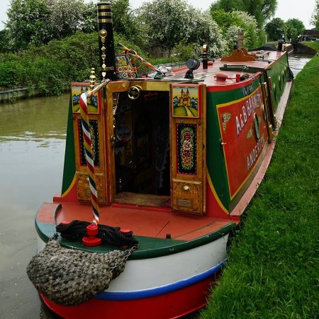 Braunston, UK : 'Driftwood' Available for Holidays and Training days