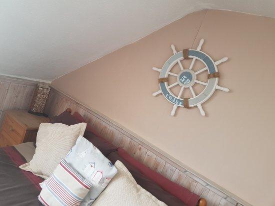 Sunnyside Guest House: family room sleep3/4