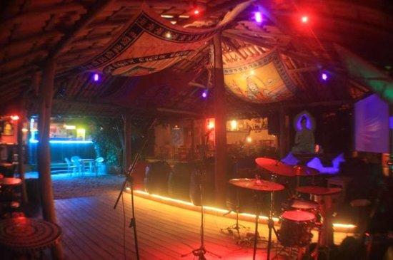 Santo Forte Bar
