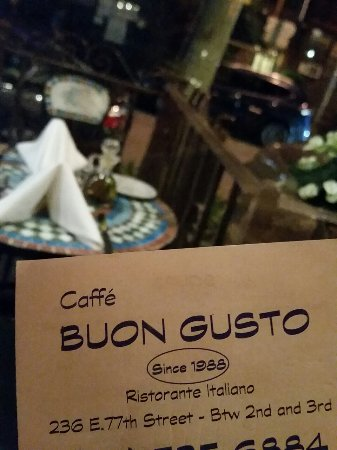 Caffe Buon Gusto: Best food & best seats in town!