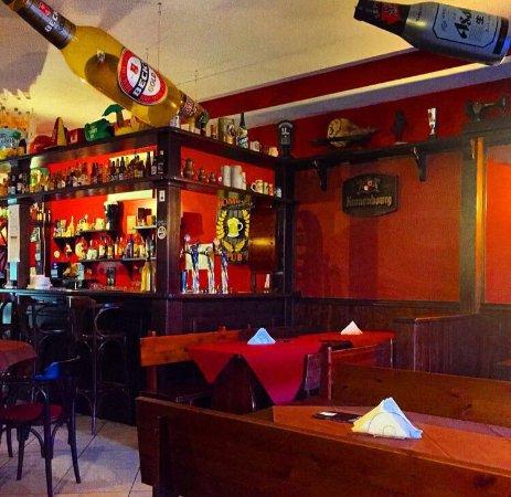 Bombo's pub