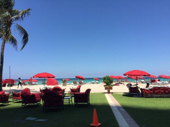 Acqualina Resort & Spa on the Beach: photo1.jpg
