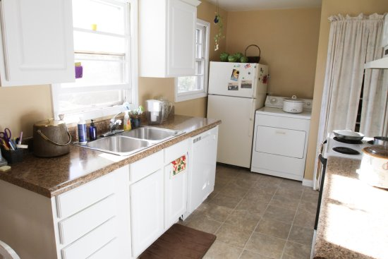 Fairhaven Guesthouse : All guests have full access to the kitchen, open 24 hours.