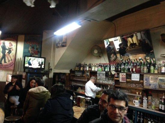 Bar Restaurant Cinzano: Barra
