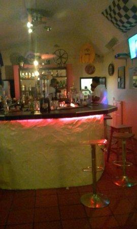 Revs Steakhouse & Bar