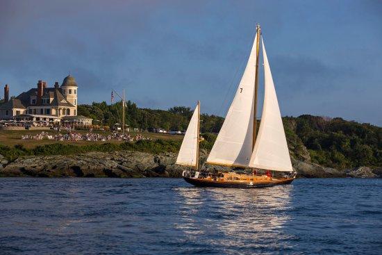 Sail on Hope San