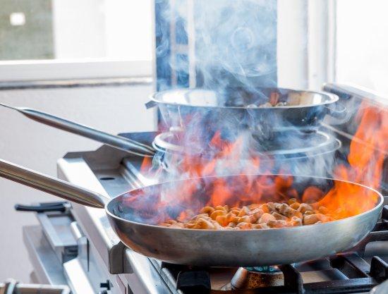 Keri Village, اليونان: Show Cooking