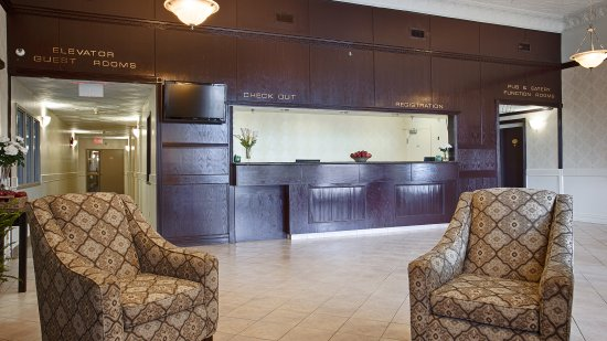 Best Western High Road Inn : Hotel Lobby