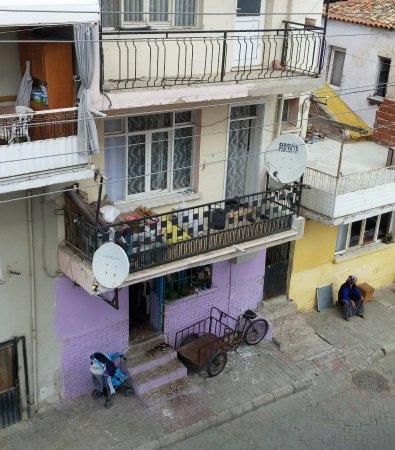 Hotel Nazar: street view.