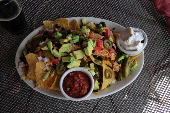 Butte, MT: Chicken nachos were mostly chips and little topping