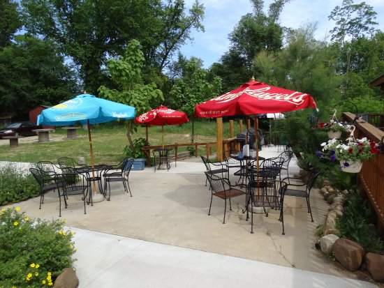 Wautoma, WI: Wonderful Outdoor Patio Area!