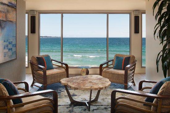 Monterey Tides, a Joie de Vivre hotel: Bar Sebastian